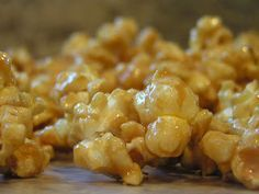 Here is one of my family's favorite treats. It's a good summer dessert because it's made in the microwave! I love treats like this because knowing we can go home and fix a yummy dessert from items in (Homemade Butter Popcorn) Caramel Corn Recipes, Popcorn Recipes, Snack Recipes, Dessert Recipes, Cooking Recipes, Caramel Popcorn Recipe No Corn Syrup, Homemade Carmel Popcorn, Easy Caramel Popcorn, Dessert Ideas