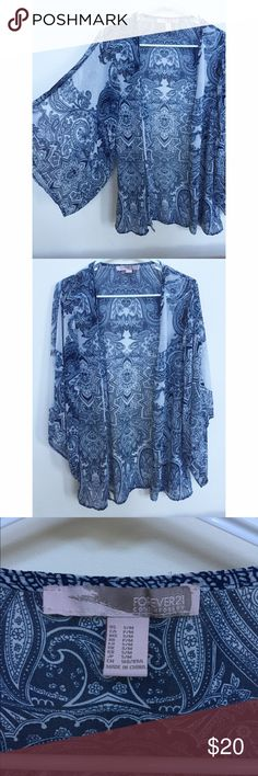 Printed Kimono Printed kimono | blue and white | Forever21 | silky material | bell sleeves | perfect condition Forever 21 Tops