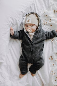 Cute Baby Boy Outfits, Toddler Boy Outfits, Baby Kids Clothes, Cute Baby Pictures, Baby Photos, Cute Little Baby, Cute Babies, Dream Baby, Baby Family