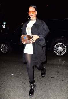September 24: Rihanna out in NYC