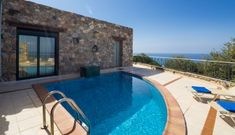Magic sea views villa Artemis is a unique choice of holiday villa during your your stay in Crete. Only 12 km away is the famous Elafonissi beach. Artemis, Crete, Villas, Sea, Outdoor Decor, Home, Ad Home, Villa, The Ocean