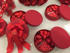 Idea Regalo: scatola portaconfetti #confetti #caramelle #cioccolatini #regalo #gift #laurea