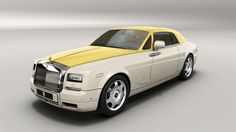 Porcelain  contrast shemes: uper two tone semaphore Yellow, polished grill surround,