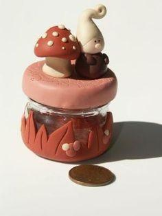 fimo I want to make the mushroom L Polymer Clay Kunst, Polymer Clay Fairy, Sculpey Clay, Polymer Clay Miniatures, Polymer Clay Projects, Polymer Clay Charms, Polymer Clay Creations, Clay Crafts, Diy Fimo