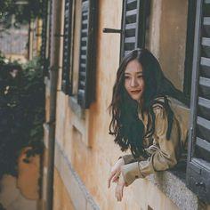 Pin by nnana on Krystal Krystal Jung, Jessica & Krystal, Jessica Jung, Korean Photography, Photography Poses Women, Photography Flowers, Idol, Sulli, Ice Princess