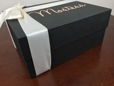 mostess box february 2016 box side #packagingdesign #creativedesign #marketing #marketingdesign #taylorboxcompany #Mostess