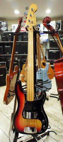 Fender Precision Bass fretless '78