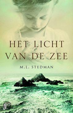 sept. 2013    Margot Stedman: Het licht van de zee (Tom en Isabel- vuurtoren-baby)