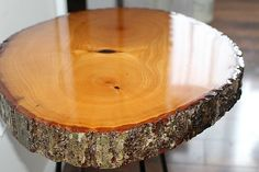 DIY Resin Wood Slice Side Table - Our Crafty Mom. Welcome to the November edition of The Fab Furniture Flippin' Contest. This month is sponsored by ETI. Diy Resin Wood Table, Old Wood Table, Wood Slab Table, Rustic Log Furniture, Resin Patio Furniture, Refinished Furniture, Tree Slices, Wood Slices, Diy Wood Projects