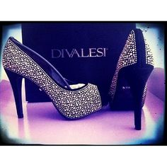 Lindo sapato que a @dihlie postou no seu Instagram com #divalesi