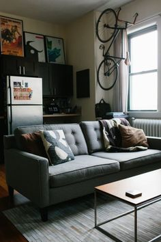 Apartment Therapy Small Spaces Living Room: Jacks Small Stylish Space in Chicago — House Call . Diy Living Room Paint, Small Living Rooms, Living Room Designs, Living Spaces, Manly Living Room, Masculine Living Rooms, Cozy Living, Apartment Therapy, Apartment Living
