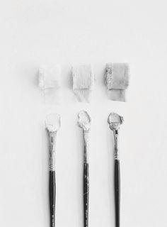 Shades of white Colour Pallette, Colour Schemes, Grey Palette, Color Combinations, Shades Of White, Black And White, Chic Minimalista, Art Minimaliste, Gray Aesthetic