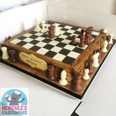 Chess Board Birthday Cake Designs Chess Board Cake With Chocolate Pieces Chessboard Chess Cake Decors Pate A Sucre, Chess Cake, Video Game Cakes, Pinterest Cake, Cakes For Men, Edible Cake, Unique Cakes, Specialty Cakes, Novelty Cakes