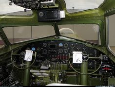 Boeing B-17G Flying Fortress (299Z) aircraft picture