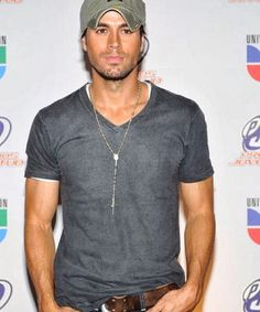 Enrique Iglesias - Official Website - New album SEX AND LOVE available now!