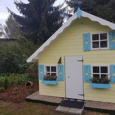 """Gefällt 2 Mal, 1 Kommentare - Anne Schuster (@anne.schuster.5682) auf Instagram: """"Alle Arbeit, Müh und Anstrengung hat sich gelohnt. Unser traumhaftes Haus steht. Die """"Villa…"""""""