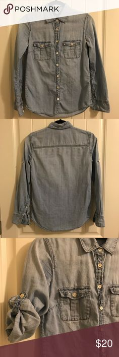 J. Crew Chambray Button Up Awesome shirt, perfect for layering! J. Crew Tops Button Down Shirts