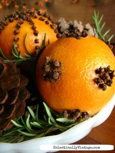 Orange pomanders - see the best way to make them last for years eclecticallyvintage.com