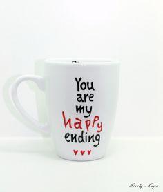 Cool! Das werde ich wohl mal dem Frauchen schenken müssen! Hochzeitsgeschenk: you are my happy ending ♥ von Lovely-Cups auf DaWanda.com