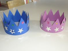 La période des galettes et des rois s'achèvent et je n'ai rien posté sur le sujet...  Voici les couronnes des grands et des moyens :       ...