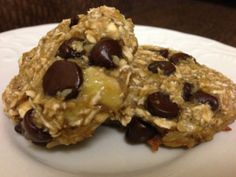 Vegan two ingredient cookies... 1 banana and 1/2 cup of dry oats.