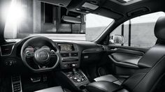 2016 Audi SQ5 Model Dashboard
