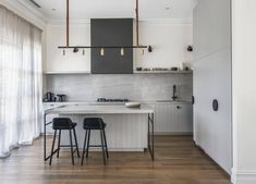 Modern Kitchen Interior est living australian interiors cjh design rosebery home 11 - Interior designer Cassie James-Herrick of CJH Studio revitalises a old Melbourne house to create a relaxed, warm and inviting home that still remains firmly practical.