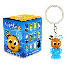Today sees the release of the Finding Nemo Junior series, this series is set to be released at Walt Disney World and Disneyland, along with being released at selected Disney Stores and online at Disneystore.com. This 12 piece blind box set consists of 11 commons and 1 chaser.