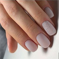 The advantage of the gel is that it allows you to enjoy your French manicure for a long time. There are four different ways to make a French manicure on gel nails. Nail Art Cute, Cute Nails, Pretty Nails, My Nails, Basic Nails, Simple Nails, Simple Bridal Nails, Short Nail Designs, Simple Nail Designs