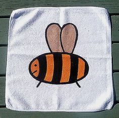 Bee Face Cloth, Bee Flannel, Wash Cloth, Children's Gift, Bath Accessories £2.50