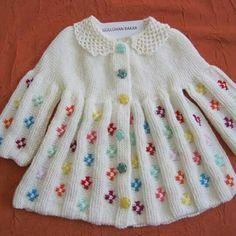 pelerin-can-orgu-modelli-bebek-hirka-modeli Benzer Çal?malar No related posts. : pelerin-can-orgu-modelli-bebek-hirka-modeli Benzer Çal?malar No related posts. Baby Knitting Patterns, Knitting Designs, Baby Patterns, Baby Cardigan, Baby Pullover, Crochet For Kids, Knit Crochet, Crochet Stitches, Baby Coat