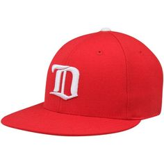 Mitchell   Ness Detroit Red Wings NHL Vintage Basic Logo Fitted Cap - Red f16684645b949