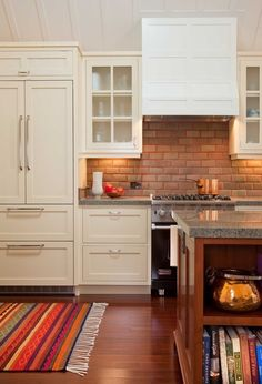 Nice integrated cabinets and refrigerator