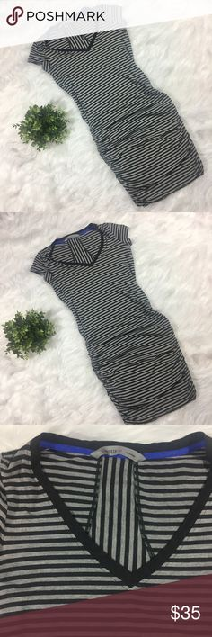 """Athleta Topanga Dress Ruched Knit Tee Striped Label-Athleta  Style-Topanga Jersey Knit Dress  Condition-Excellent  Size- XS  Material-Viscose & Spandex  Color-Heather & Charcoal Grey   Measurements:  Bust-34""""  Waist- 30""""  Hip-32""""  Length-38"""" Athleta Dresses"""
