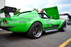 """Think this thing packs a venomous bite? Bob Bertelsen's 1968 """"#GreenMamba"""" #Corvette is powered by a naturally-aspirated Holley EFI-injected Keith Urban 427 mated through a Centerforce clutch to a Bowler Performance Tremec transmission. And it rides on Detroit Speed suspension, Baer brakes, and 18x11.5/18x12.5 #Forgeline #CV3C #ConcaveWheels finished with Black Chrome PVD centers & Transparent Smoke outers! See more at: http://www.forgeline.com/customer_gallery_view.php?cvk=1942"""