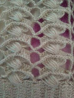This Pin was discovered by Sel Crochet Box, Crochet Diagram, Filet Crochet, Crochet Motif, Crochet Shawl, Crochet Crafts, Crochet Lace, Hand Crochet, Crochet Projects