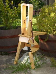 Stitching Pony from Scrapwood - ayn's leathercraft projects - Gallery…
