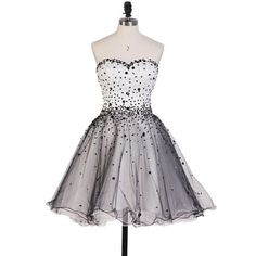 Beautiful Princess Sweetheart Homecoming Dresses, Black and White Homecoming Dresses with Sparkly Beads, Short Tulle Homecoming Dresses, - Outfit - Cocktail White Homecoming Dresses, Grad Dresses Short, Prom Gowns, Prom Party Dresses, Strapless Dress Formal, Short Prom, Sleeveless Dresses, Dress Party, Sweetheart Prom Dress