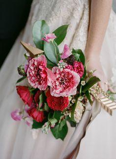 pink wedding bouquets - photo by Jenna Henderson http://ruffledblog.com/cupids-arrow-wedding-inspiration