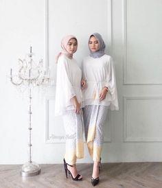 Ideas For Dress Hijab Formal Modern Abaya Source by ira_roslan – Hijab Fashion 2020 Kebaya Modern Hijab, Model Kebaya Modern, Kebaya Hijab, Kebaya Muslim, Muslim Fashion, Modest Fashion, Hijab Fashion, Fashion Outfits, Fashion Pants
