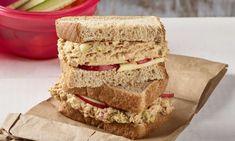 Sandwich Croque Monsieur, Salmon Spread, Sandwiches, Boite A Lunch, Human Nutrition, Sandwich Fillings, Raw Vegetables, Plain Yogurt, Group Meals
