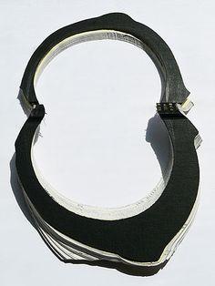 http://www.floravagi.net/jewelry/paper