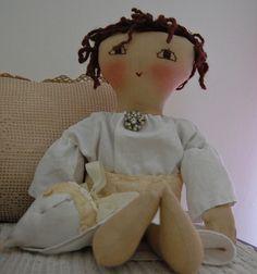 Handmade doll Stuffed Toys, Stuffed Animals, Fabric Dolls, Fabric Art, Sewing Hacks, Sewing Ideas, Raggy Dolls, Cute Toys, Homemade Crafts