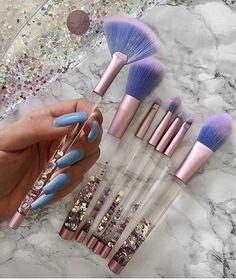Pinterest: lowkeyy_wifeyy ✨ beautiful brushes