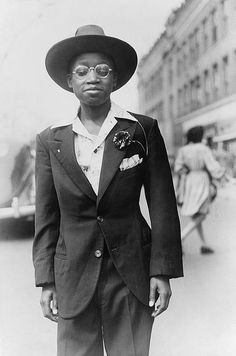 ~~Teenager dressed for the Easter Parade/Chicago 1941 (Edwin Rosskam for the FSA)~~