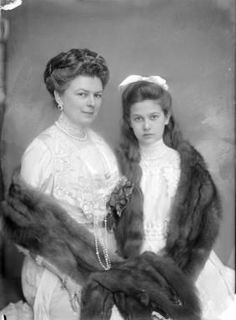 The wife and daughter of Austro-Hungarian Archduke Franz Ferdinand both of whom were named Sophie. This photo was probably taken sometime between 1910 and 1914.