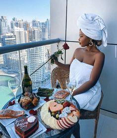Boujee Lifestyle, Luxury Lifestyle Fashion, Bougie Black Girl, Black Luxury, Luxe Life, Black Girl Aesthetic, Black Girl Fashion, Rich Girl, Mafia