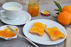 Βελούδινη μαρμελάδα πορτοκάλι (VIDEO) - cretangastronomy.gr Cornbread, Chocolate Cake, Cantaloupe, Cake Recipes, Mango, Cooking Recipes, Sweets, Fruit, Breakfast