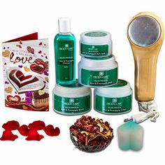 Mint Pineapple Hamper: Rs 2569/- http://www.tajonline.com/valentines-day-gifts/product/v3092/mint-pineapple-pamper/?aff=pint2014/