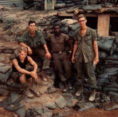 vietnam war pictures by vietnam veterans - Bing Images Vietnam History, Vietnam War Photos, South Vietnam, Vietnam Veterans, Hanoi Vietnam, American War, American History, History Magazine, War Photography